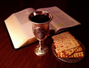 785px-Bible_and_Lord's_Cup_and_Bread