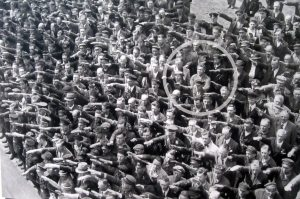 man-not-giving-hitler-salute